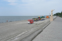 Аттракционны на набережной Приморско-Ахтарска